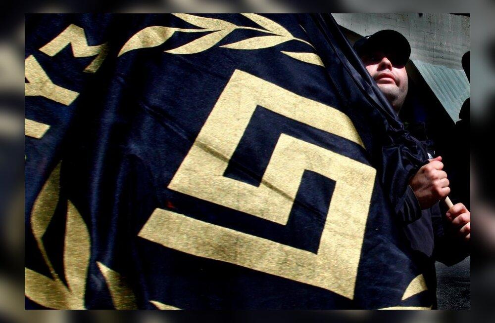 Kreeka valitsus tahab pärast vasakpoolse muusiku mõrvamist neofašistliku Kuldse Koidiku keelustada