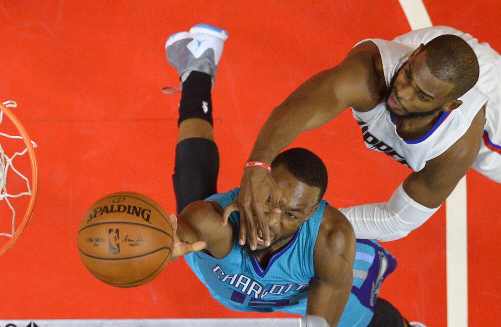 VIDEO: Clippers võitis kaheksanda mängu järjest, Warriors kuuenda
