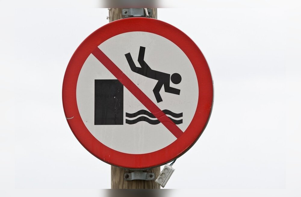 Ära hüppa vette!