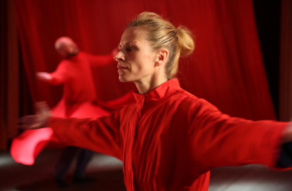 Euroopa teatrimaailma tähtsaim preemia käes, mis edasi? NO99 tutvustab oma plaane