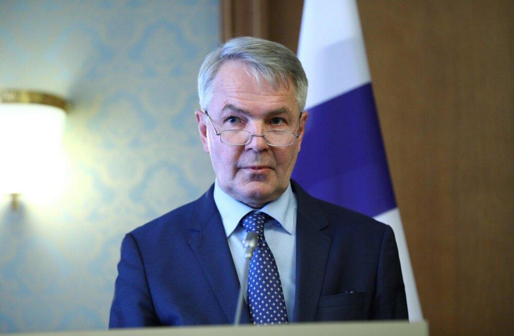 Peterburi parlamendi spiiker süüdistas opositsionääre Soome välisministriga kohtumise eest peaaegu riigireetmises