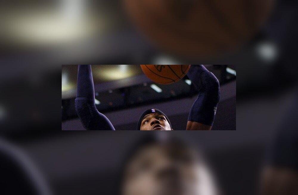 Atlanta Hawksi  Josh Smith