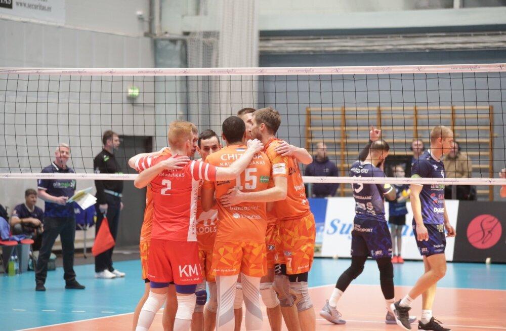 Karikafinaal Saaremaa võrkpalliklubi vs Pärnu Võrkpalliklubi