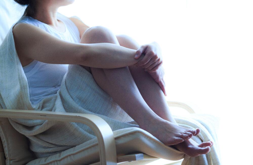 Lugeja palub nõu: kaotasin hiljuti süütuse, aga pole tänaseni veel orgasmi kogenud ja jalgevahe on seksi ajal hoopis valus. Mida me valesti teeme?