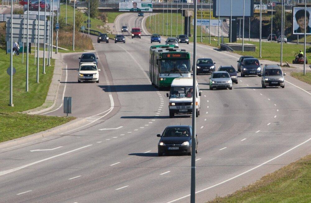 Bussijuhid loetlevad: millised on kolm kõige levinumat ohtlikku olukorda Eesti liikluses