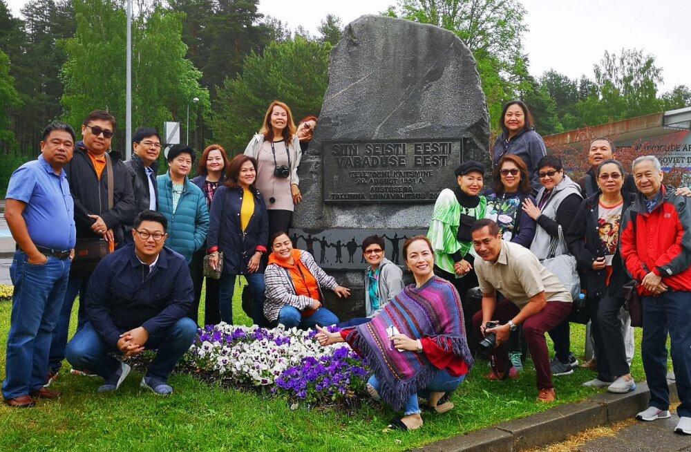 PILTUUDIS | Eestisse saabus esimene filipiinlaste turismigrupp, kes siin kunagi käinud — vaata, kas tunduvad rahul!