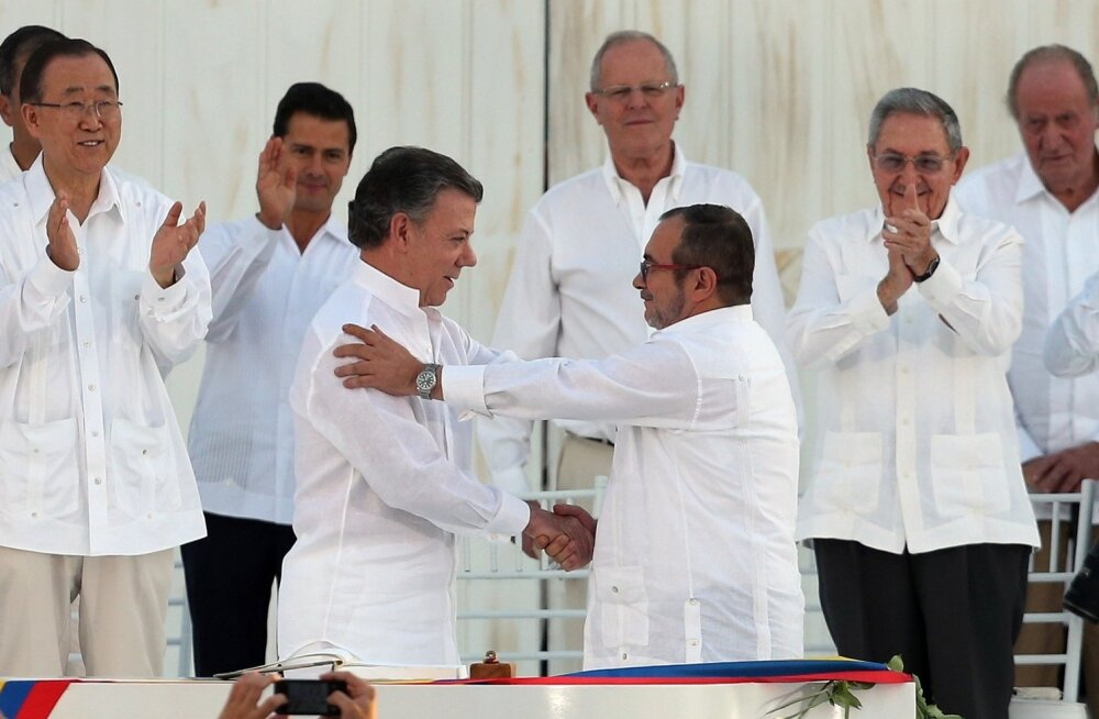 Colombias sõlmiti pärast poolesajandilist sõda rahu valitsuse ja marksistlike mässuliste vahel