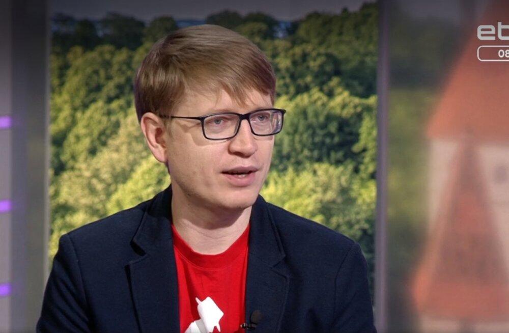 Главный редактор RusDelfi Андрей Шумаков