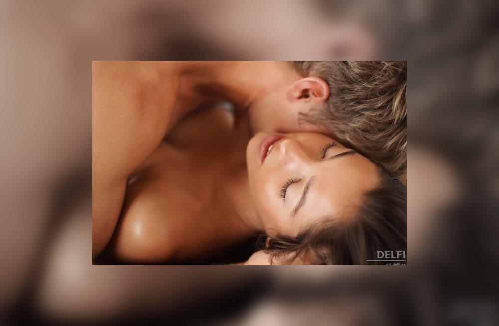 Секс во время месячных желателен