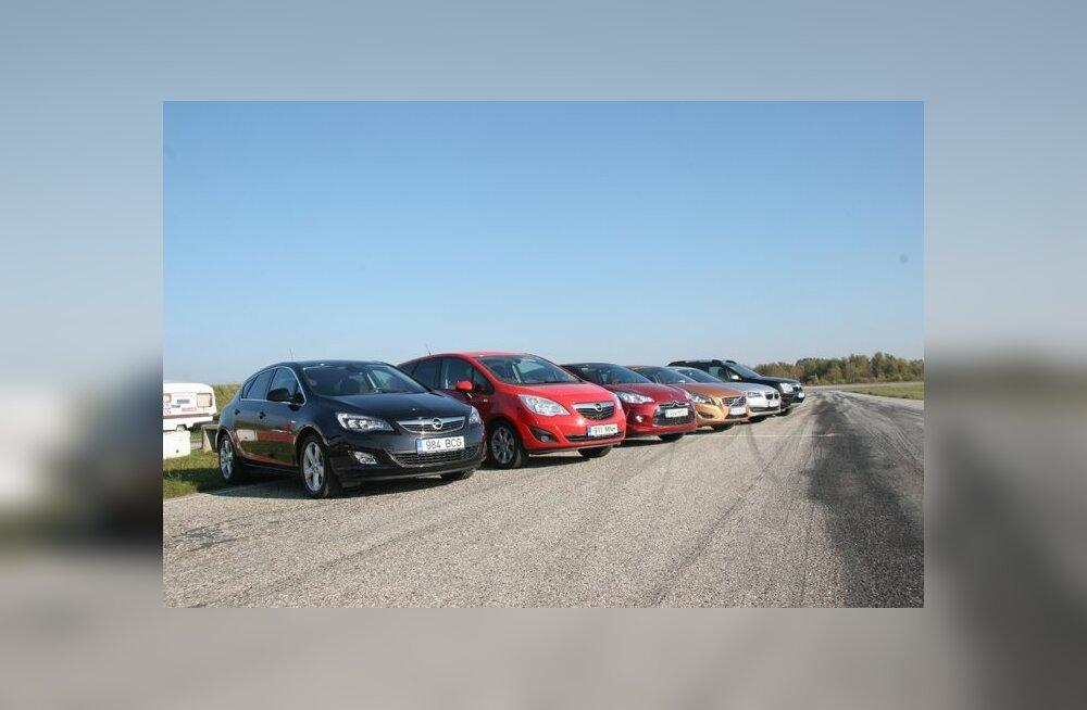 """ФОТО: Как мы выбирали """"Автомобиль года в Эстонии"""""""