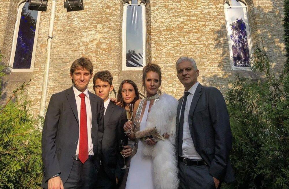 Жена Олега Тинькова отпраздновала юбилей в Эстонии за 2 миллиона евро. Выступала даже дочка Пугачевой!