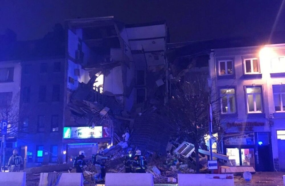 ФОТО и ВИДЕО: В бельгийском Антверпене взрывом разрушило половину дома