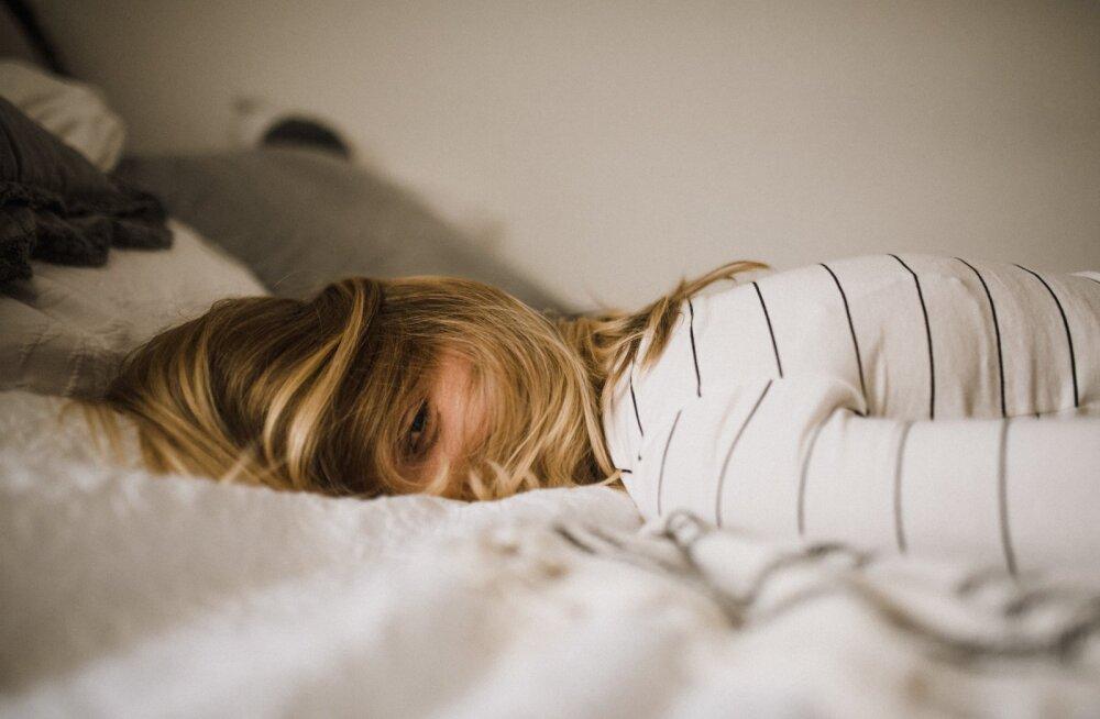 Tasub katsetamist: Jaapanist pärit uinumismeetod, mis võib aidata sul viimaks päriselt magama jääda