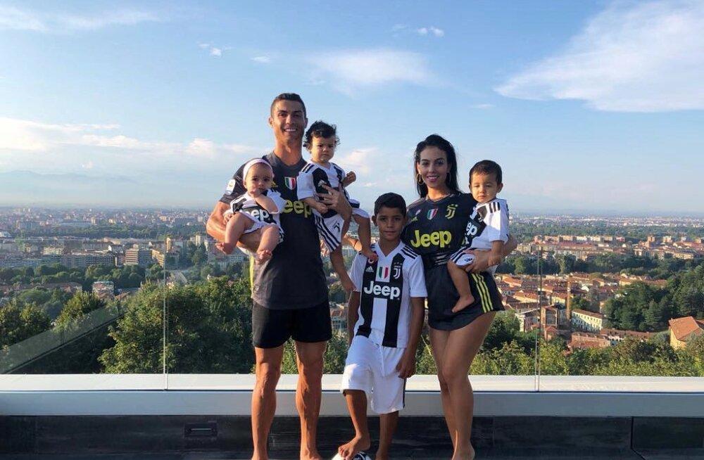 Cristiano Ronaldo perega Itaalias