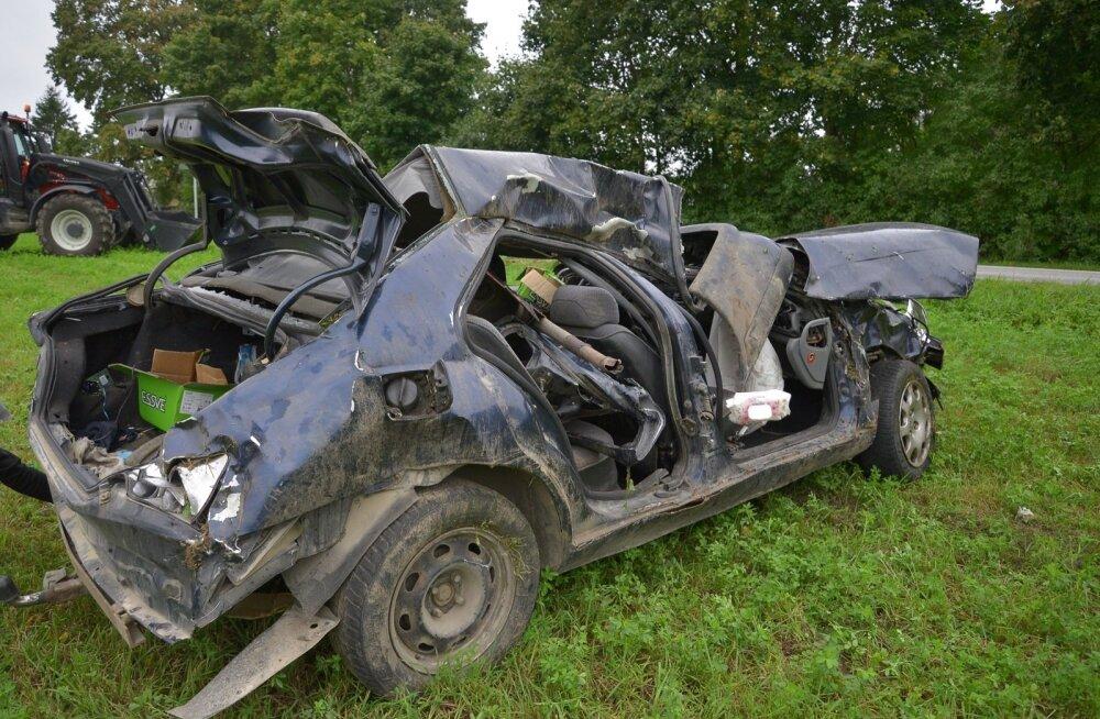 Сбежавший с места аварии водитель BMW обратился в больницу за помощью и оказался задержан полицией