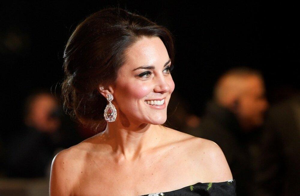 Kuninglik saladus: Miks ei tohi hertsoginna Catherine kanda avalikel üritustel värvilist küünelakki?