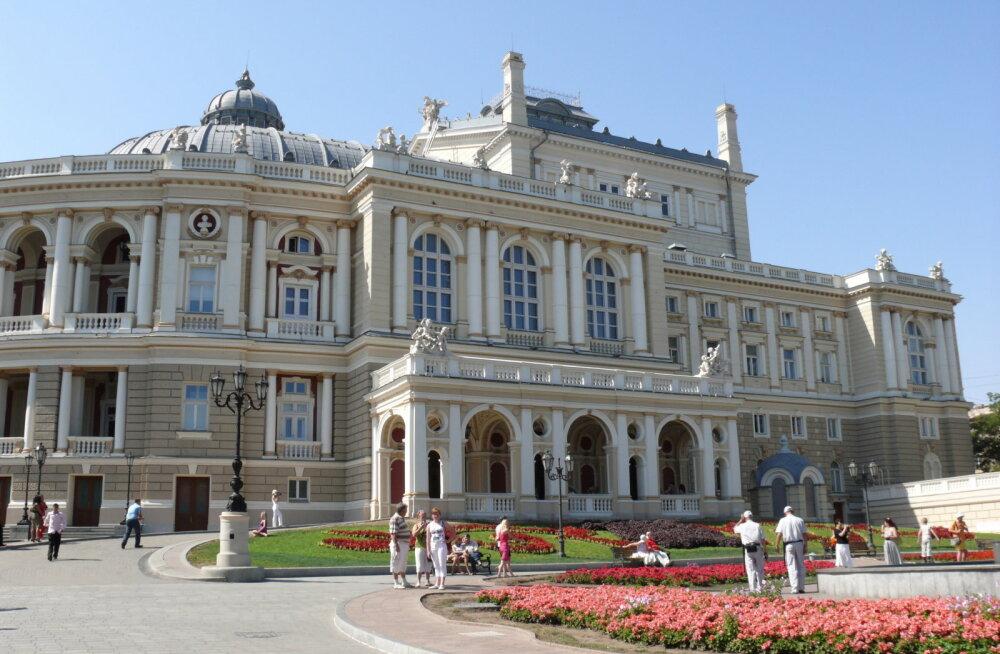 MINU ODESSA | Veaoht! <em>Oper</em> tähendab vene pätislängis miilitsat