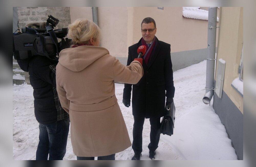 FOTOD: Keskerakonna juhatus kogunes Toobali ja Tuiksoo küsimust arutama