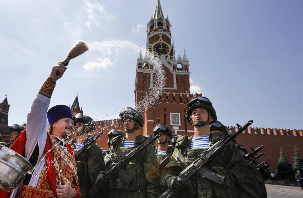 """Два """"Запада"""": сколько военных участвуют в сентябрьских учениях"""