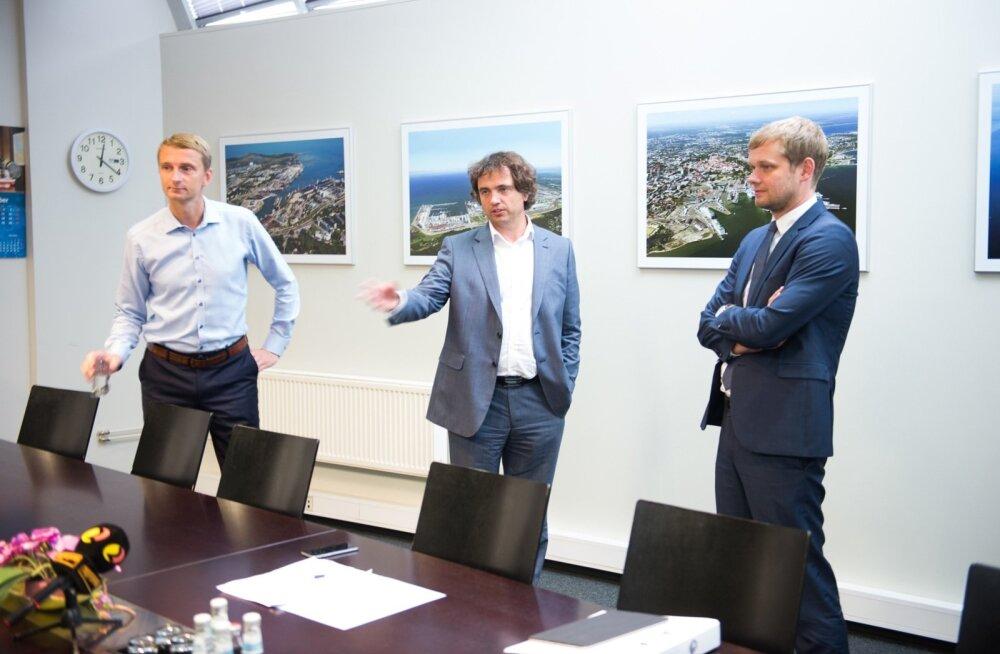 Vasakult: juhatuse liikmed Marko Raid ja Carri Ginter, endine nõukogu esimees Remo Holsmer