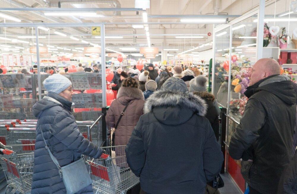 Grossi toidupoe avamine Narvas