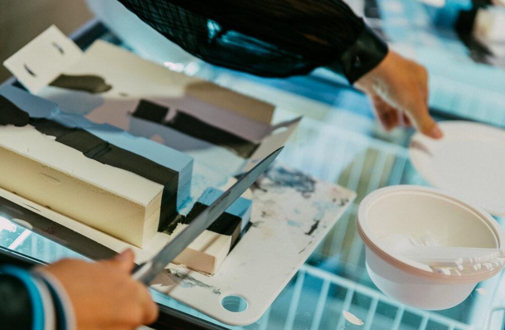 Kuidas valmistada sinimustvalgeid roogasid? Toiduvärvid on ju mürgised!