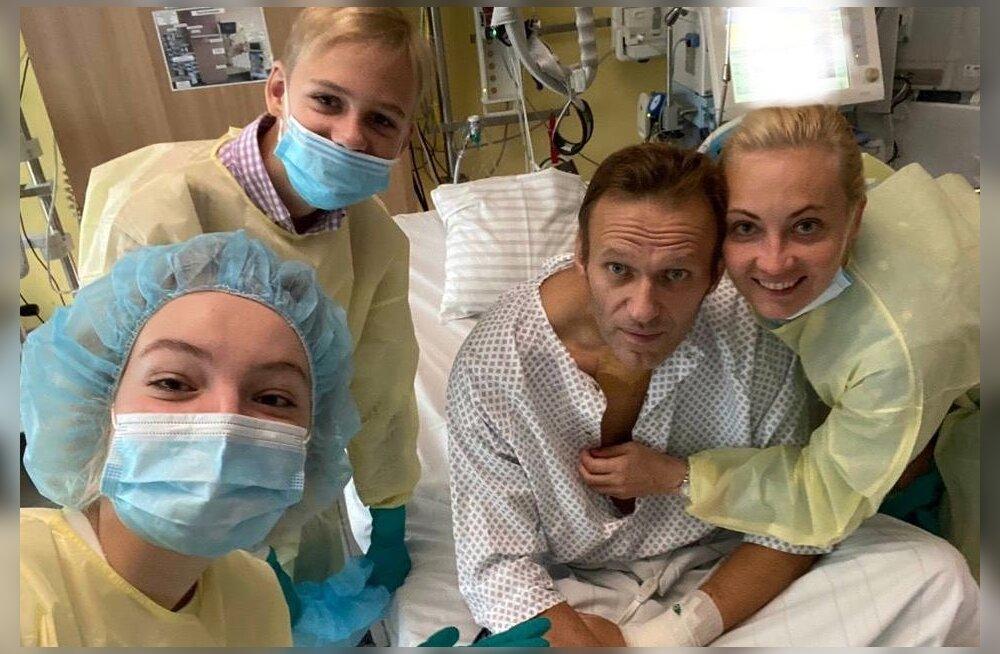 FOTO | Navalnõi avaldas endast Instagramis foto: eile suutsin terve päev ise hingata