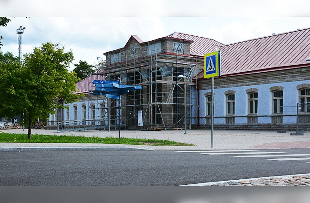 Нарвский вокзал в этом году все-таки не откроется — навес начнут строить только весной