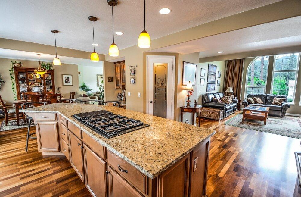 Kas kööki on parem valida puidust või graniidist töötasapind? Erinevate materjalide plussid ja miinused