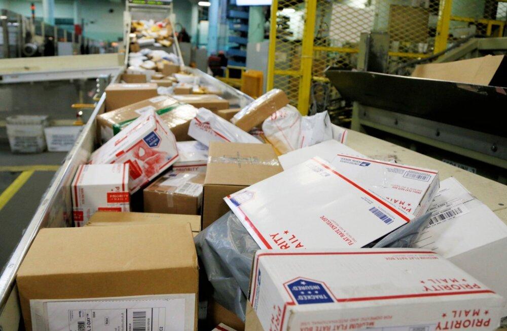 USA pakipommid võisid läbida Florida postijaotuskeskuse
