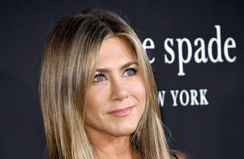 Jennifer Aniston pääses napilt lennukatastroofist: kuulsime kõva plahvatust!