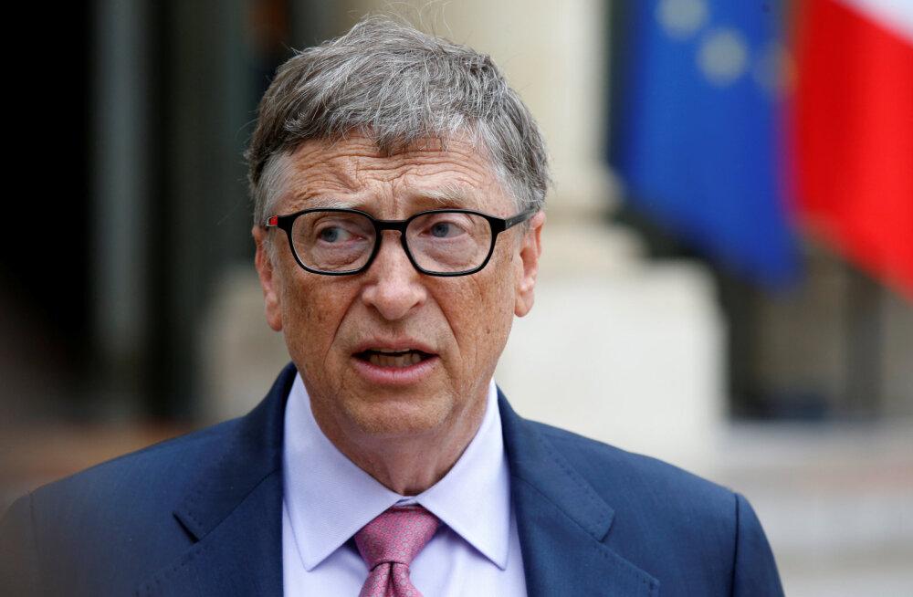 Билл Гейтс уступил первое место в списке богатейших людей
