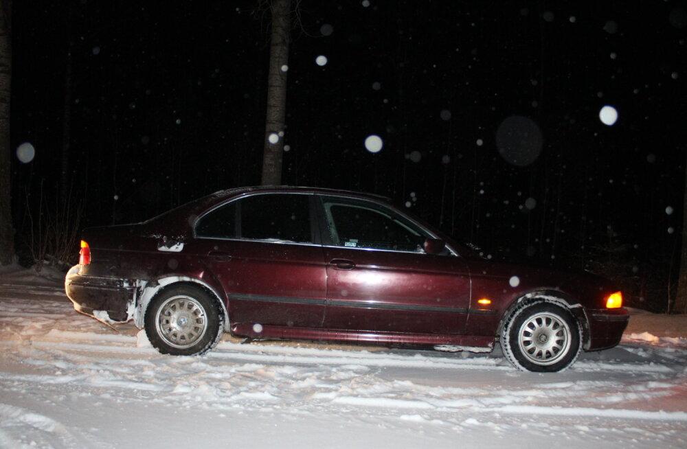 FOTO | Liiklushuligaani karistati sõiduki konfiskeerimise ja enam kui pooleteise aastase vangistusega