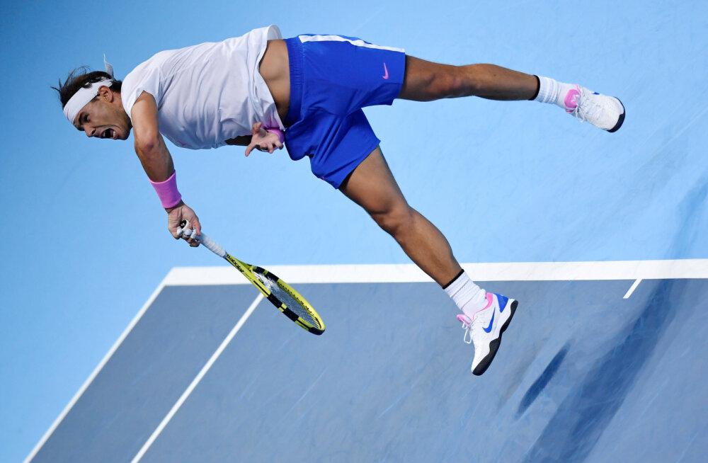 Rafael Nadal alustas aastalõputurniiri kindla kaotusega