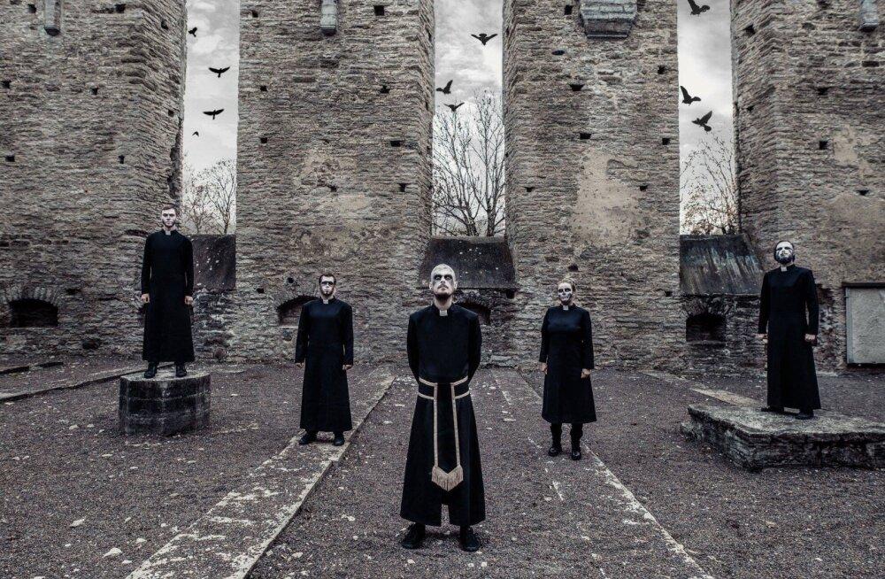 ФОТО: Эти священники не такие святые, как могут показаться