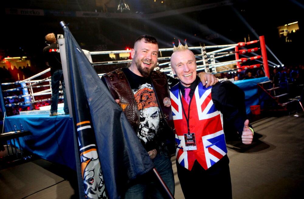 VIDEO: Kukeharjasoenguga Sandy Holt tervitab King of Kings fänne eesti keeles
