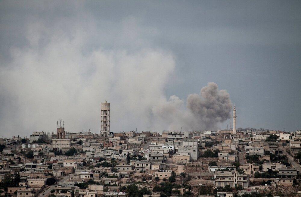 Vene lennukid pommitasid teadete kohaselt Süürias Idlibi