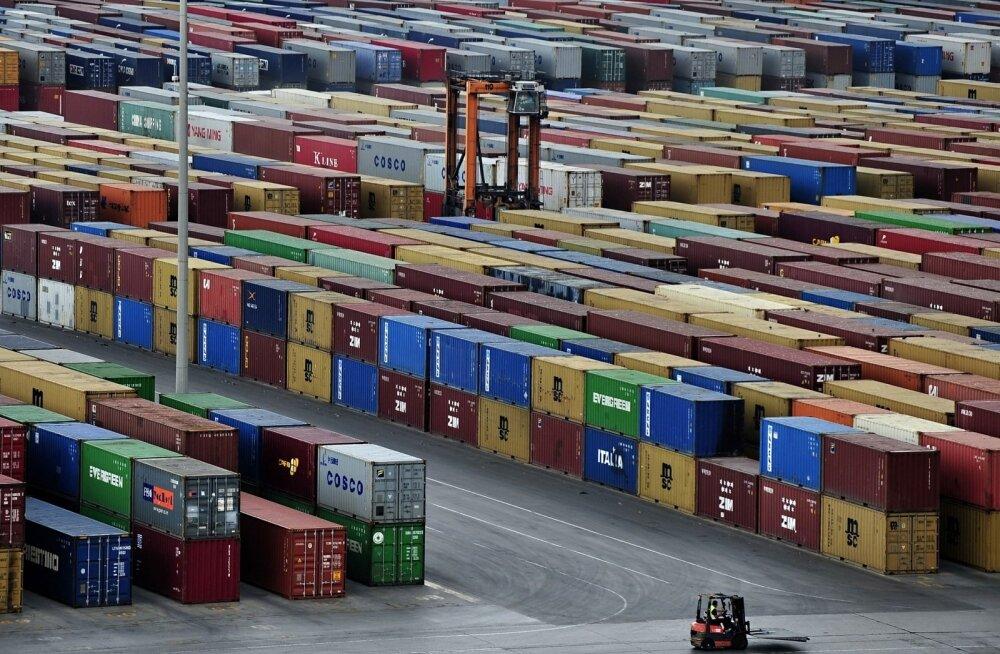 Pireuse sadam Kreekas. Euroametnikud kaebavad, et siitkaudu saabub Euroopasse Hiina salakaup.