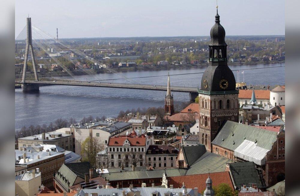 Vene kirjaniku Läti viisa tühistati – süüdistab Eesti eriteenistusi