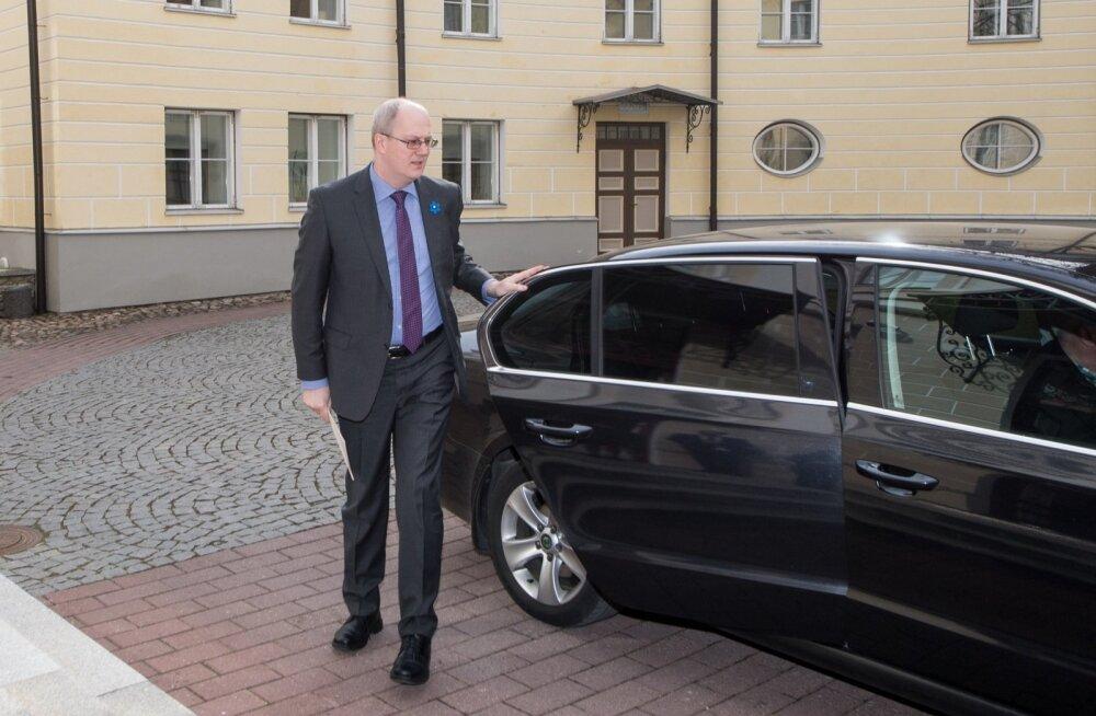 Peaministri saabumine Stenbocki majja