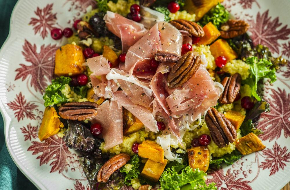 RETSEPT | Sügisele vastu sooja ja kiirelt valmiva sooja lehtkapsa, röstitud muskaatkõrvitsa ja vürtsika kuskusi salatiga