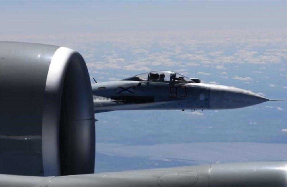 Dagens Nyheter: Vene hävitaja sundis Rootsi luurelennuki kodu poole pöörama