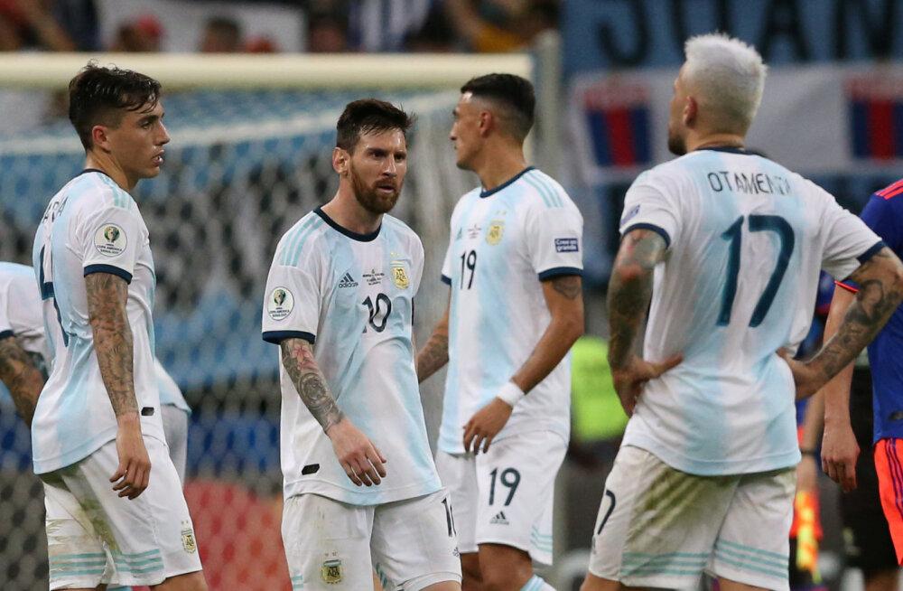 Lionel Messi koondislastega kaotuse järel