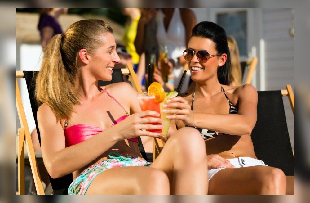 Uuring: noored naised joovad sama palju kui mehed