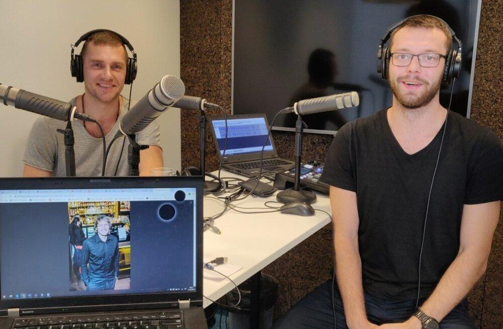 Indrek Verro ja Karl Rinaldo Manta maja stuudios.