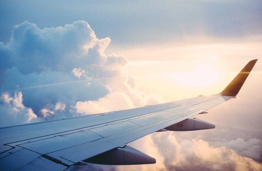 ФОТО | Двухэтажные кресла в самолетах для защиты от коронавируса — выдумка или реальность?