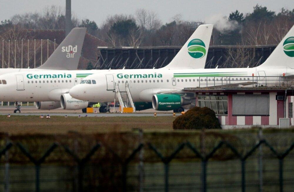 Germania lennukid täna Berliini Tegeli lennuväljal.