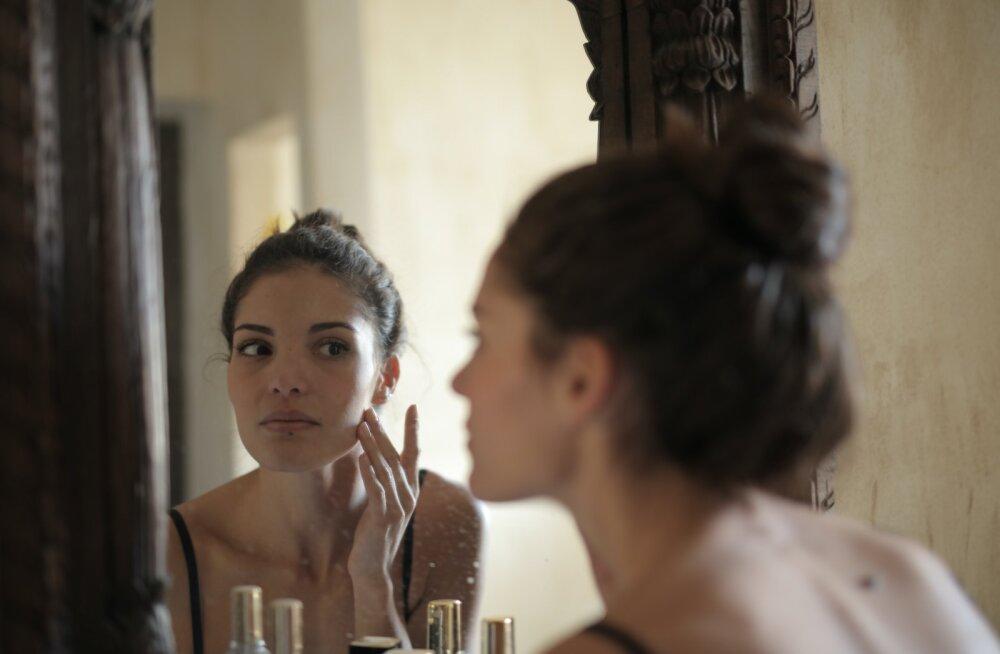 Как безвылазное пребывание дома может отразиться на внешности