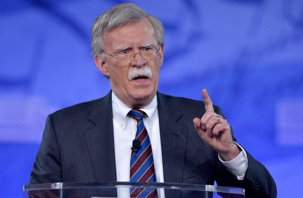 """Trumpi uus julgeolekunõunik Bolton - """"pistrik"""", kes pooldab sõjalise jõu kasutamist Põhja-Korea ja Iraani vastu"""