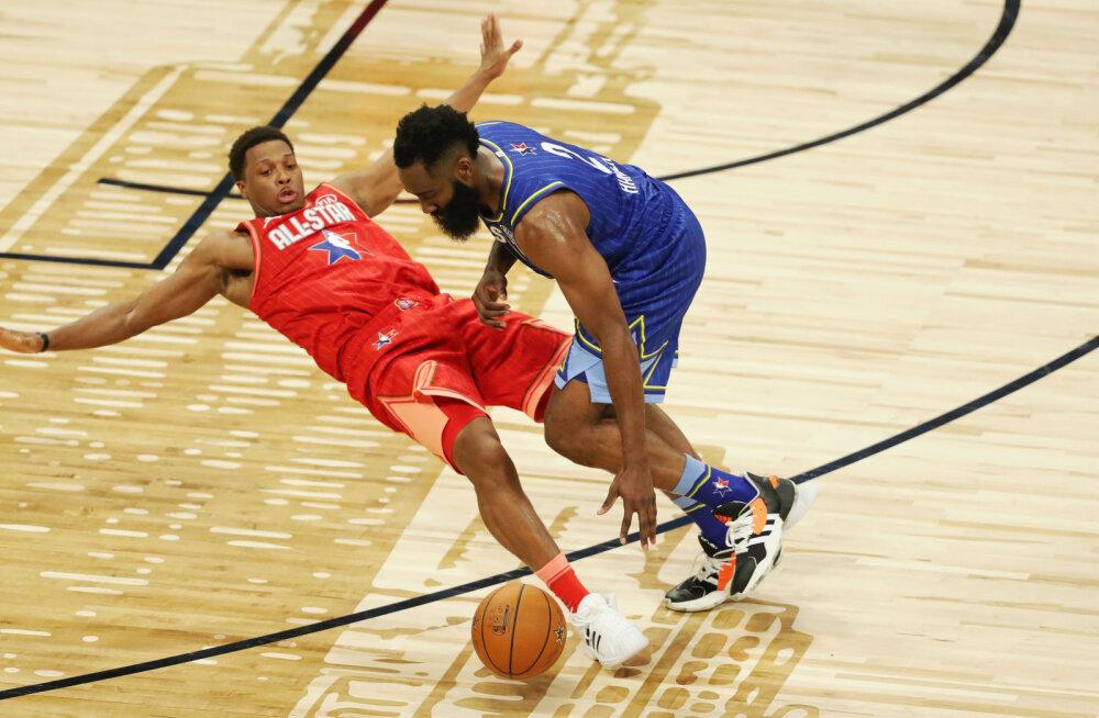 NBA superstaarid tülis? Rocketsi staar Antetokounmpost: tahaksin olla ka nii pikk ja pealt panna, see ei nõua üldse oskuseid